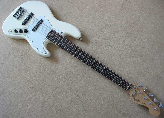 mexican fender jazz v 5 string bass. Black Bedroom Furniture Sets. Home Design Ideas