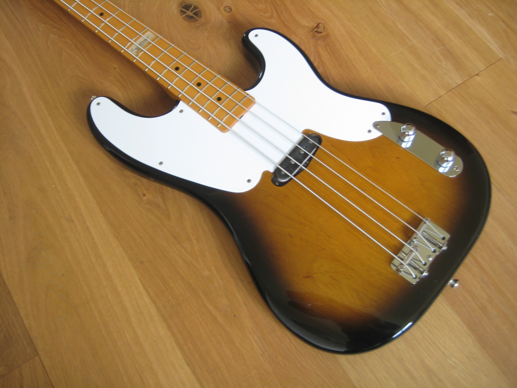 sold fender japan 39 51 precision re issue sting bass classic cool guitars. Black Bedroom Furniture Sets. Home Design Ideas