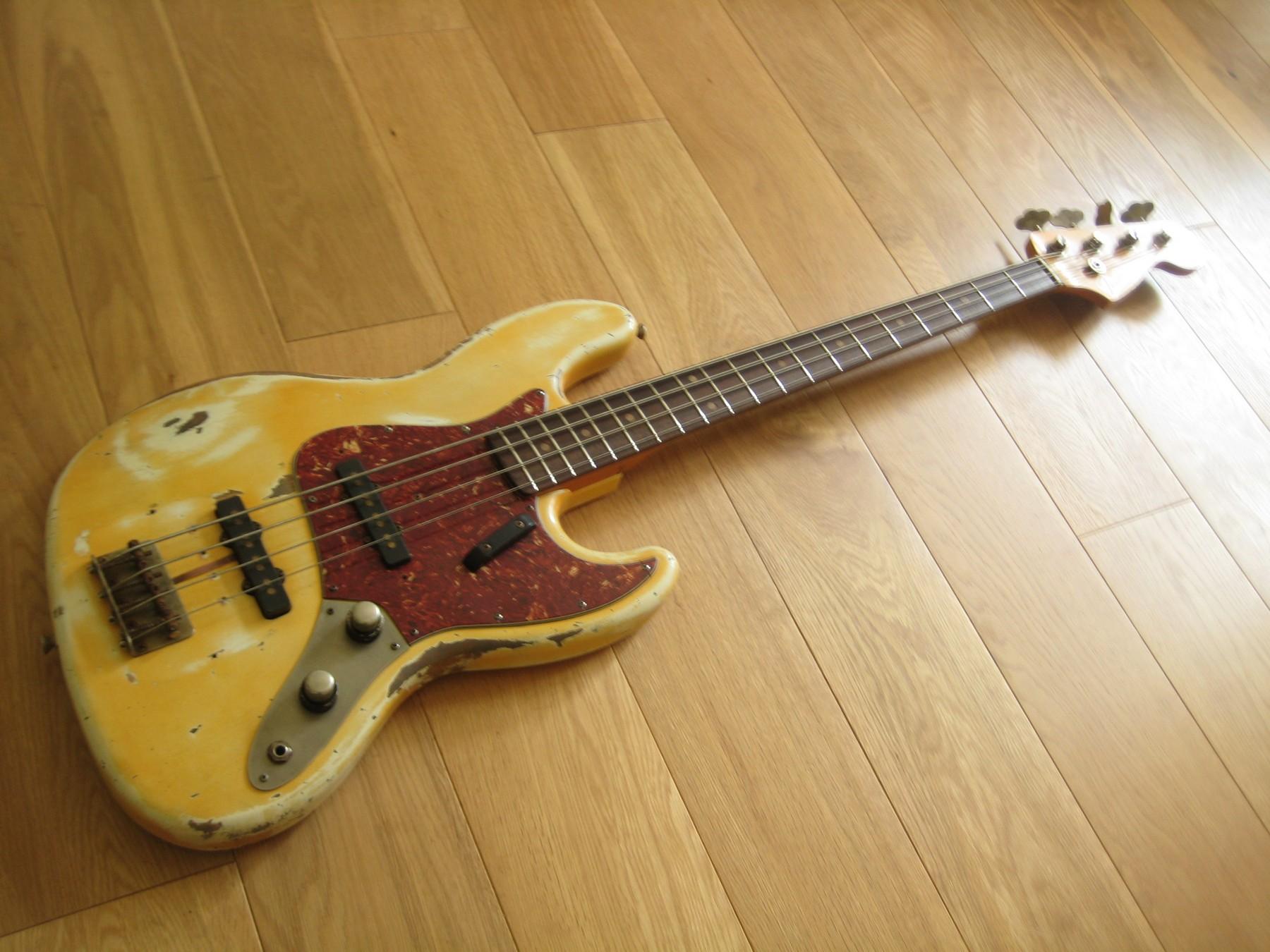 limelight 00131 j bass classic cool guitars. Black Bedroom Furniture Sets. Home Design Ideas