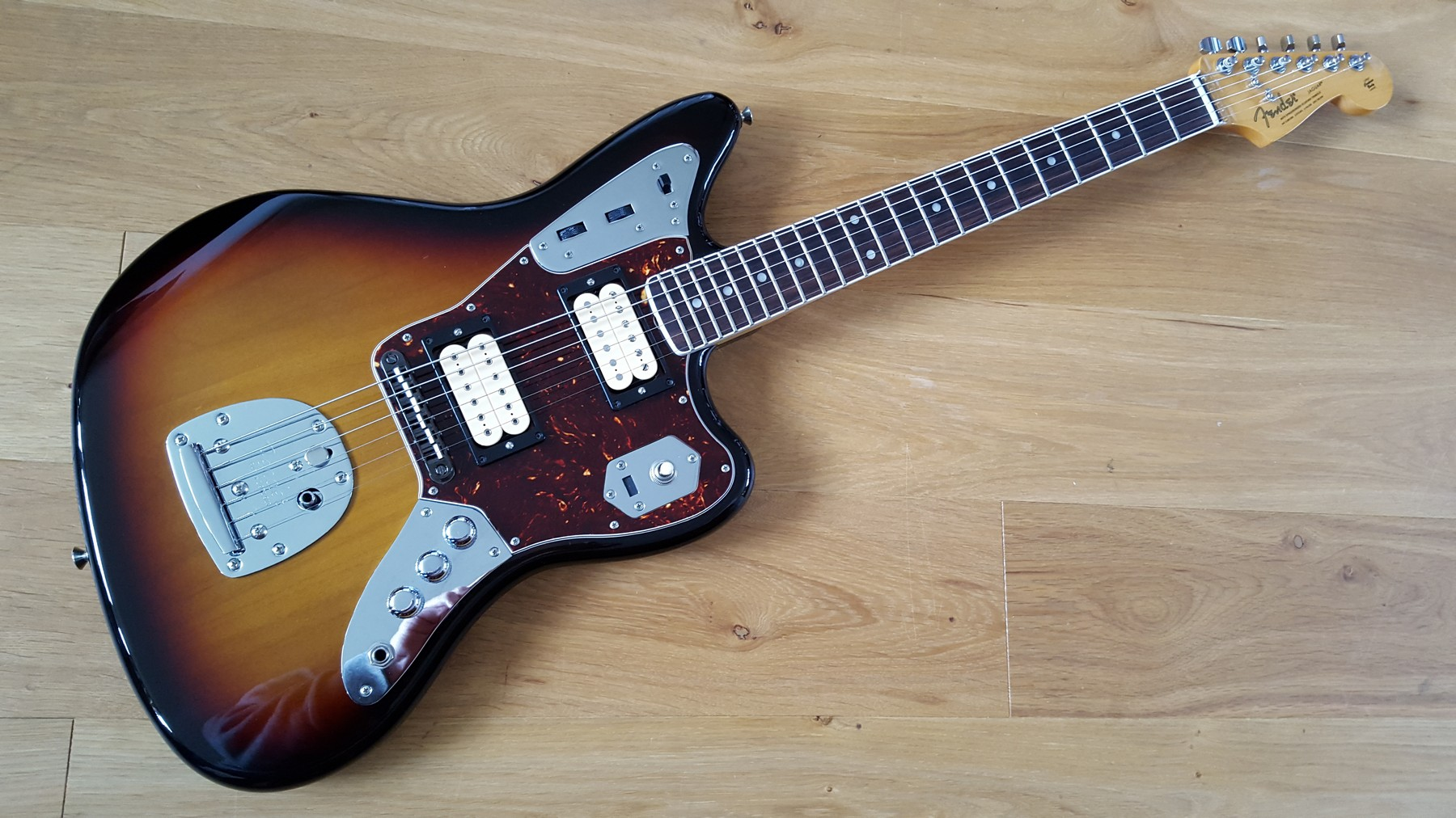 sold fender jaguar kurt cobain nos sunburst classic. Black Bedroom Furniture Sets. Home Design Ideas