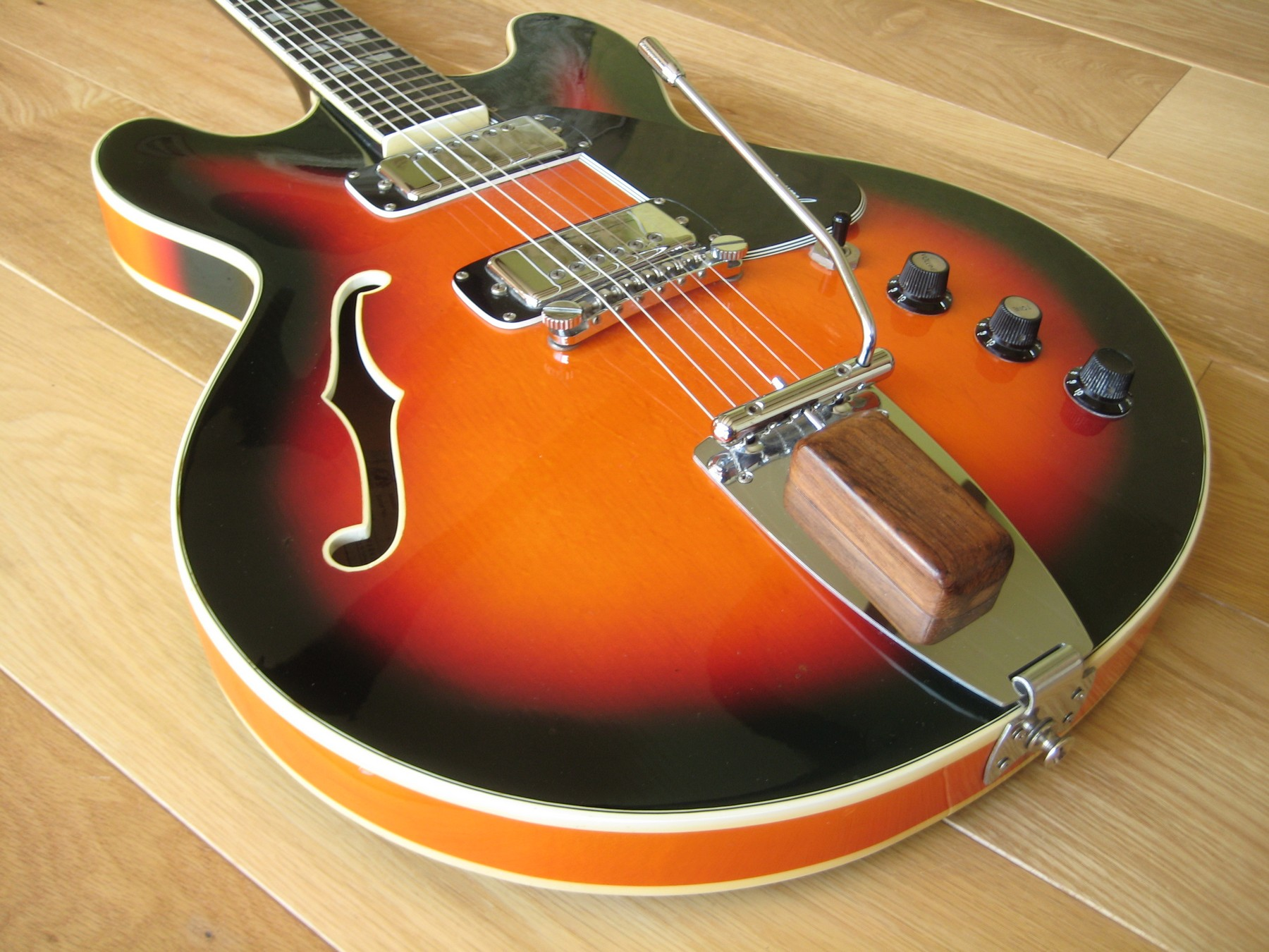 1972 Framus Billy Lorento Semi Acoustic Guitar 163 200 Off