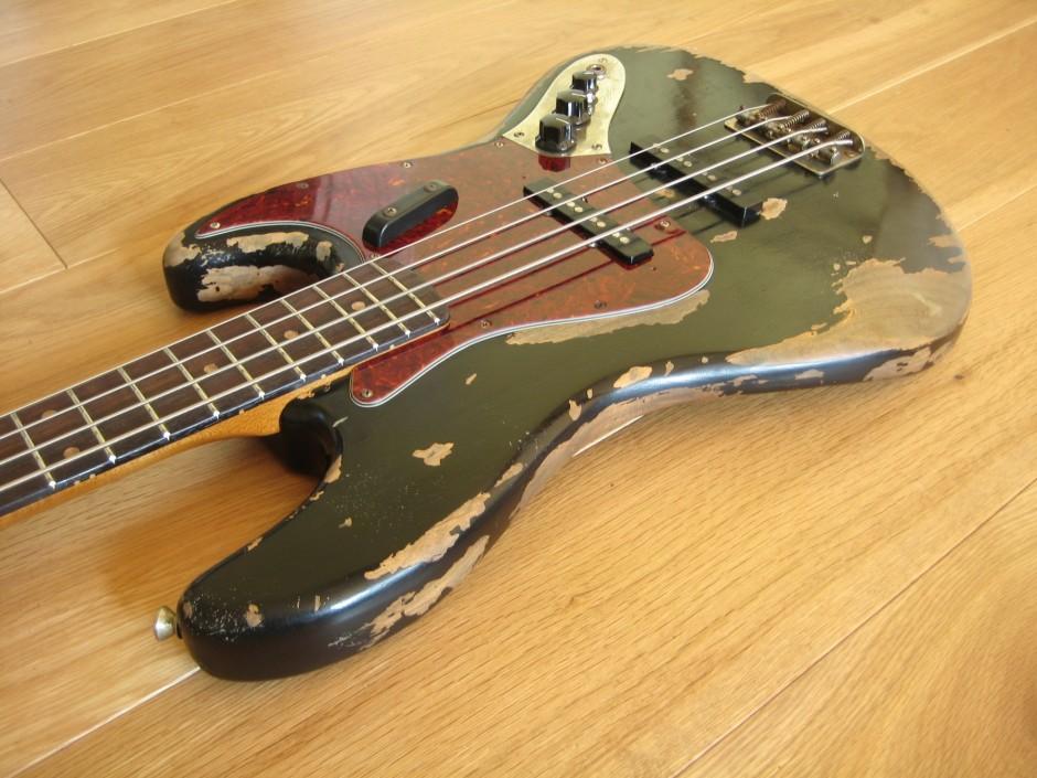 Limelight J Bass 00103