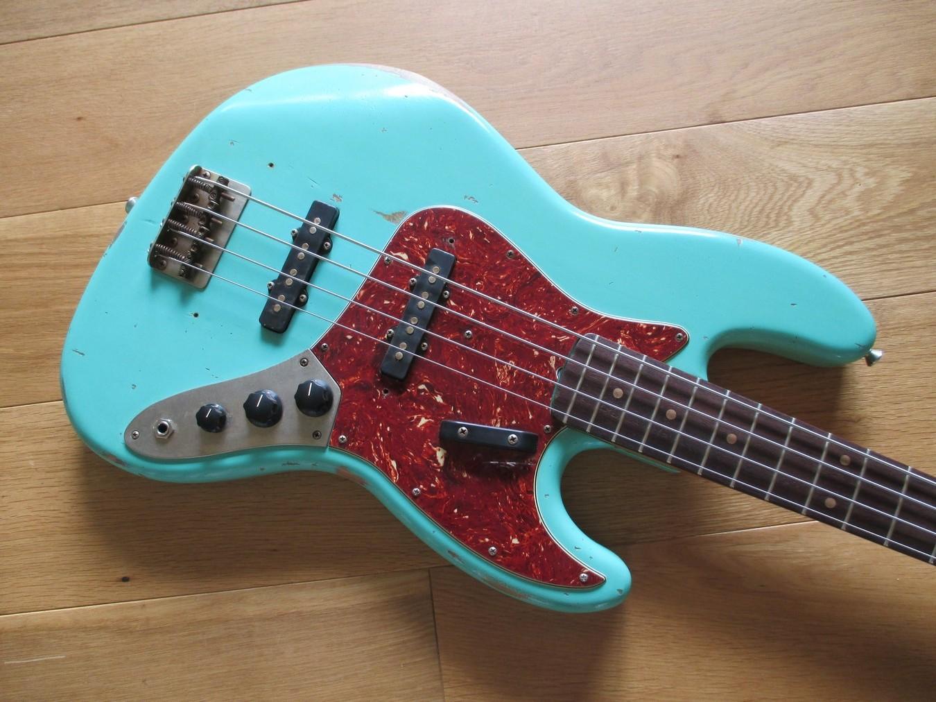 limelight 00134 j bass classic cool guitars. Black Bedroom Furniture Sets. Home Design Ideas