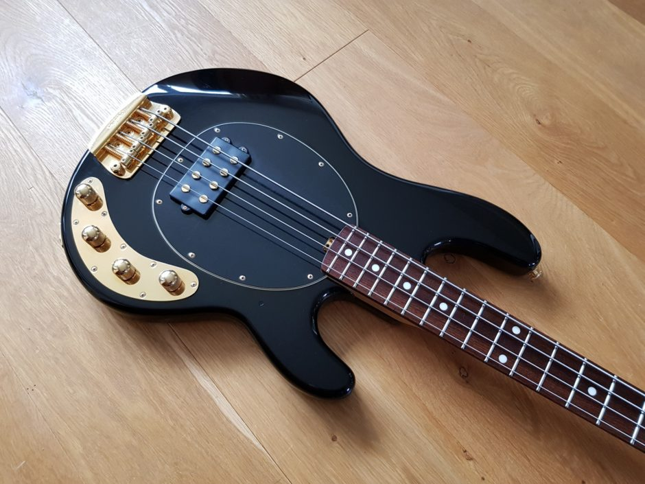 sold musicman stingray bass 3eq 2006 ltd edition classic cool guitars. Black Bedroom Furniture Sets. Home Design Ideas